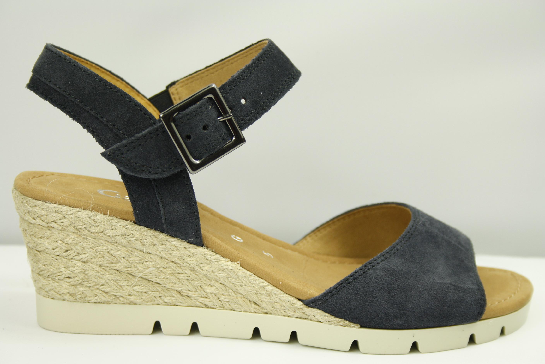 Gabor 22.842.46 dames sandaal wijdte G op sleehak in blauw met touwenzool